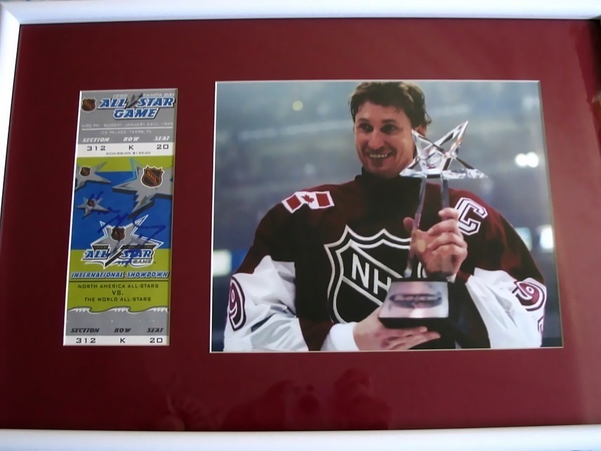 Wayne Gretzky autographed 1999 NHL All-Star Game ticket framed with 8x10  photo 5124b19e4
