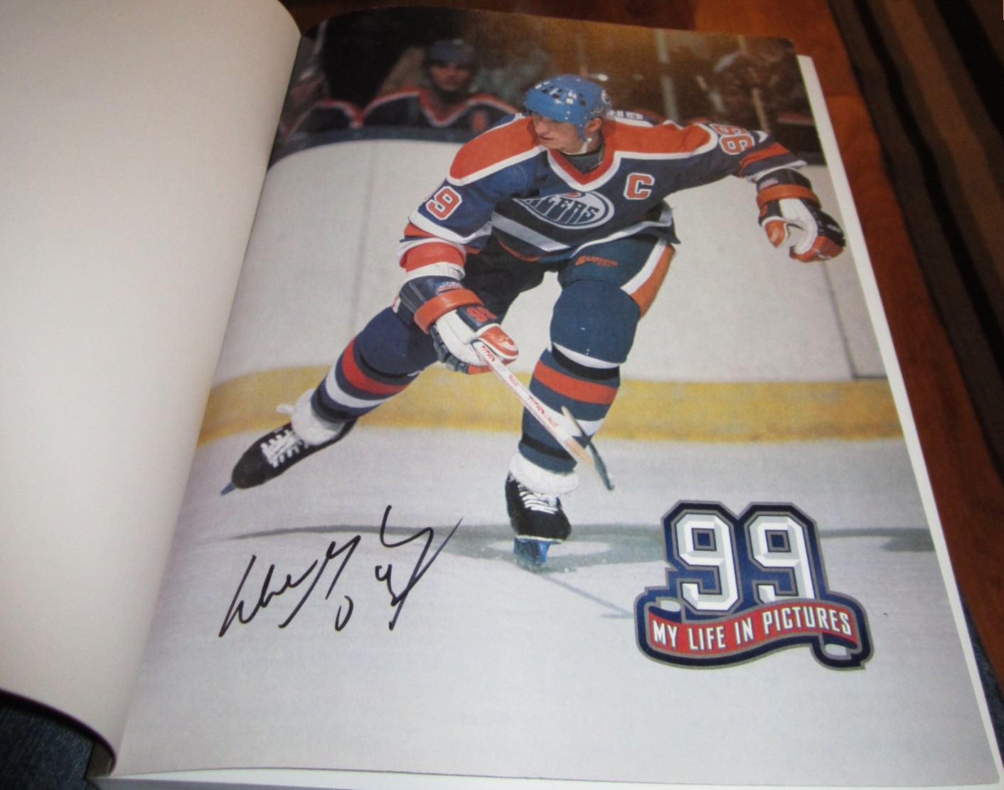Wayne Gretzky autographed 99 My Life in Pictures coffee table softcover book 0dbf18993