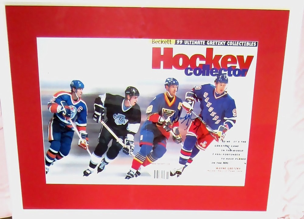 Wayne Gretzky autographed Beckett Hockey career tribute foldout magazine  cover matted   framed 0b9579938