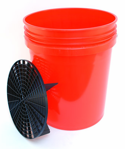 5 Gallon Professional Wash Bucket with Grit Guard - RED
