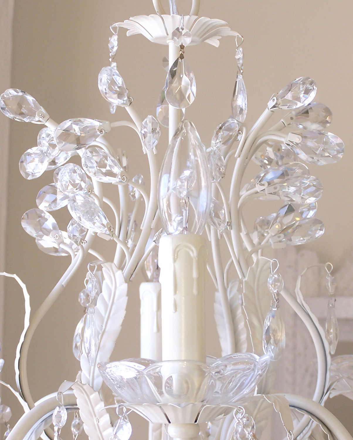 6 light Leafy Antique White Crystal