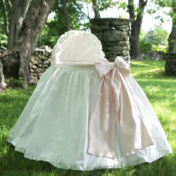 baby angel bassinet by lulla smith