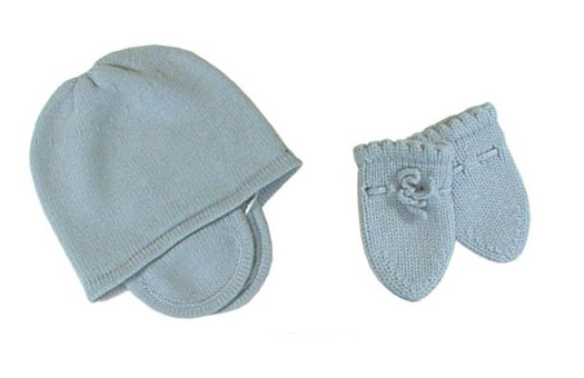 8fff2f21 baby cashmere mittens and hat set featured at babybox.com