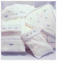 gordonsbury baby bee facecloth set