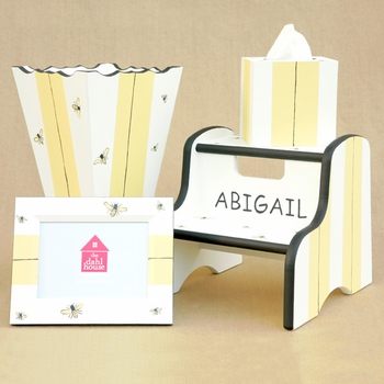 hand painted tissue box - bee