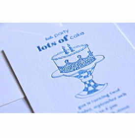 kid's parties invitations - lots of cake