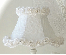 Lamp Shade with White petals & Roses