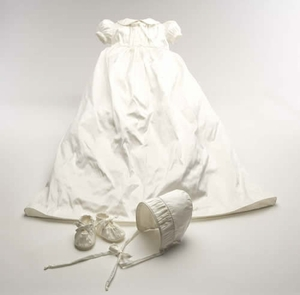 lulla smith luxury christening gowns
