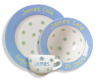 personalized ceramic baby cup bowl \u0026 plate set  sc 1 st  BabyBox.com & personalized ceramic baby cup bowl \u0026 plate set featured at babybox.com