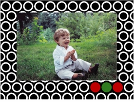 personalized holiday photo cards � red green circles