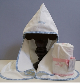 personalized hooded towel for babies and toddlers