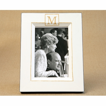picture frame - classic single monogram