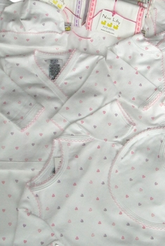 pink hearts deluxe layette gift set