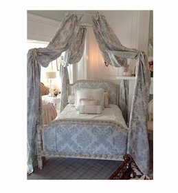 royal lit a la polonaise bed by AFK