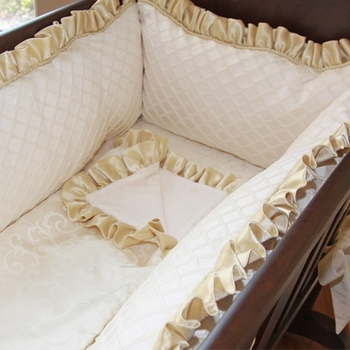 royal palace cradle linens
