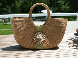 sanibel shell shoulder bag