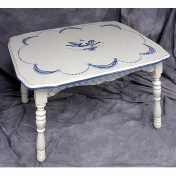 vintage table (bluebird)