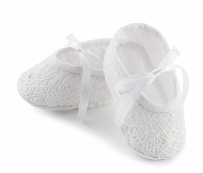 Feltman Brothers Infant Girls Sweet Smocked Booties - White