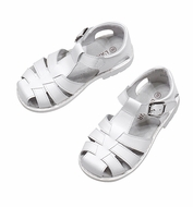 L'Amour Boys / Girls Classic Fisherman Sandals - White