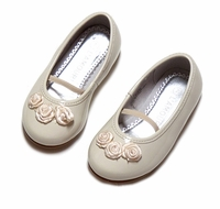 L'Amour Girls Dressy Ecru / Cream Patent Leather Mary Janes Shoes with Rosettes