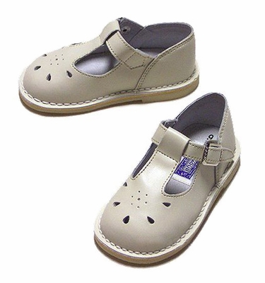 L'Amour Little Girls Leather T-Strap Shoes - Ecru