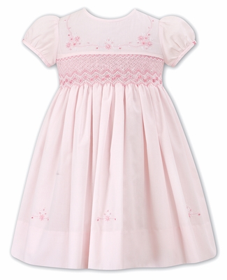 5a774bfd7a15c Sarah Louise Girls Smocked Pink Dress with Short Puffy Sleeves