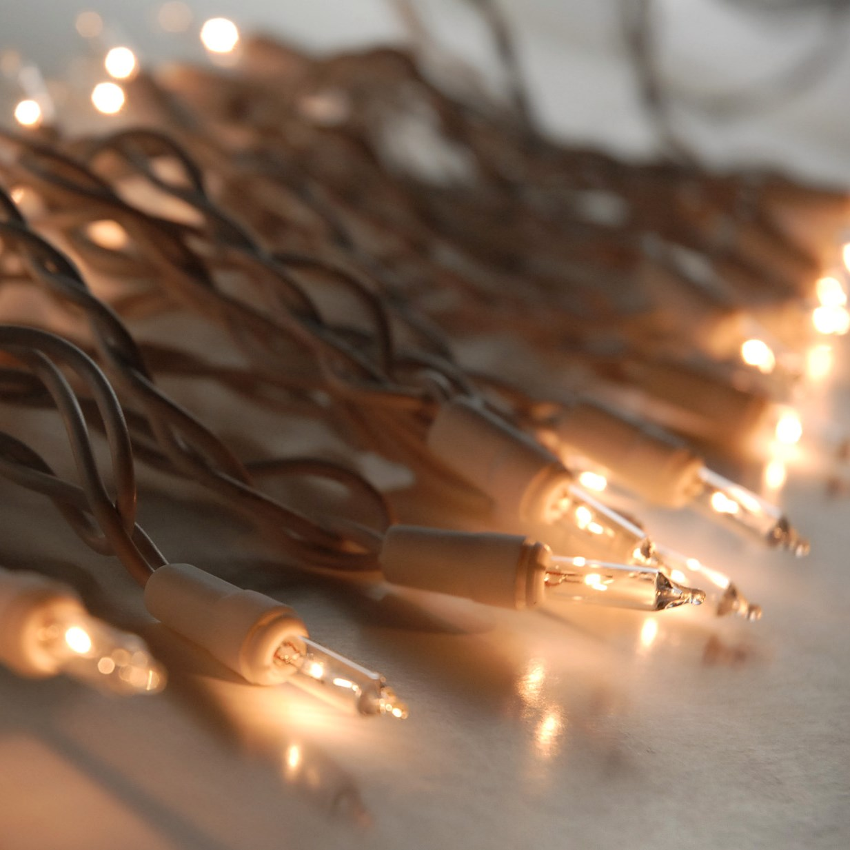 String Lights With Wire : Clear Mini String Lights White Wire 100 Bulb