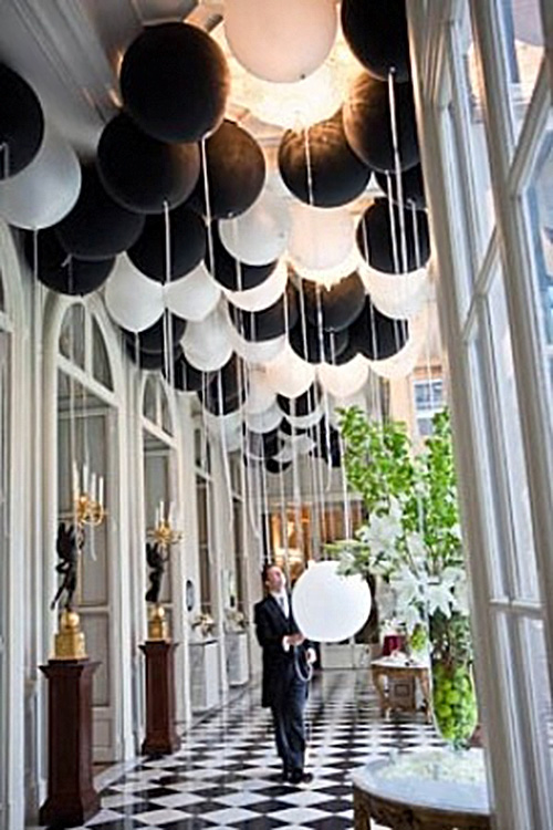 9 Black and White Wedding Ideas