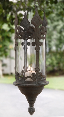 Chandeliers and hanging candle lanterns