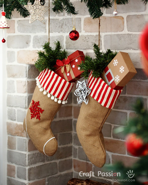 diy ideas for decorating burlap linen stockings - Burlap Christmas Decorations