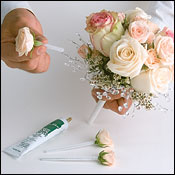 Diy Basic Bouquet Making Instructions How To Make A Fake Flower