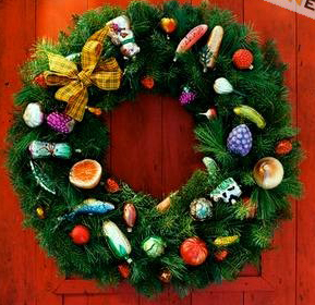 DIY How to make a  Christmas Charm Wreath - Click to enlarge