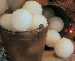 DIY Make a Bucket of Snowballs   - Click to enlarge