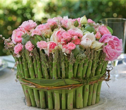 flower arranging with fresh flowers, Beautiful flower