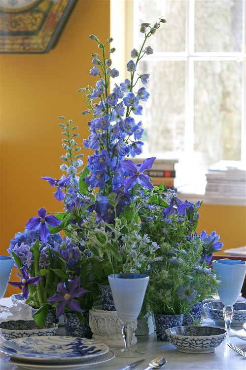 """Flower Arranging with Fresh Flowers """"Select and prolong freshness"""""""