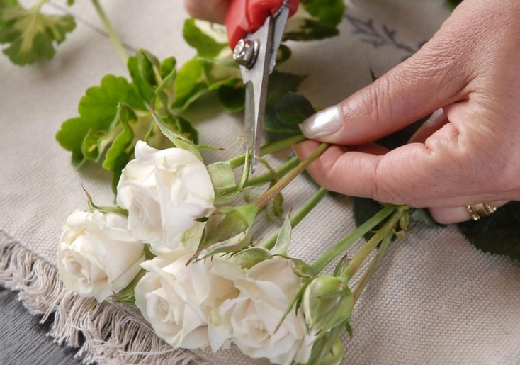 How To Make a Boutonniere