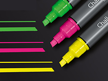 Multi-Colored Chalk Markers / 3 Pack