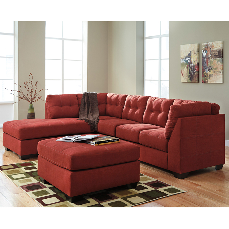 Benchcraft maier sectional with left side facing chaise in for Berkline chaise lounge