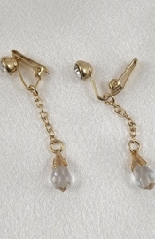 Gold Non-Piercing Labia Clips with Crystals