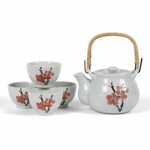 RED PLUM TEA SET
