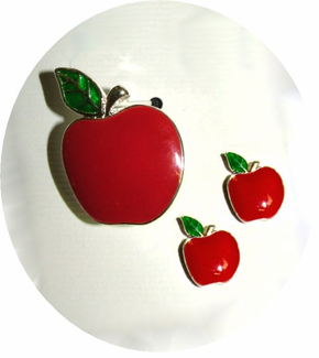 Red Apple Pin/Pendant Set