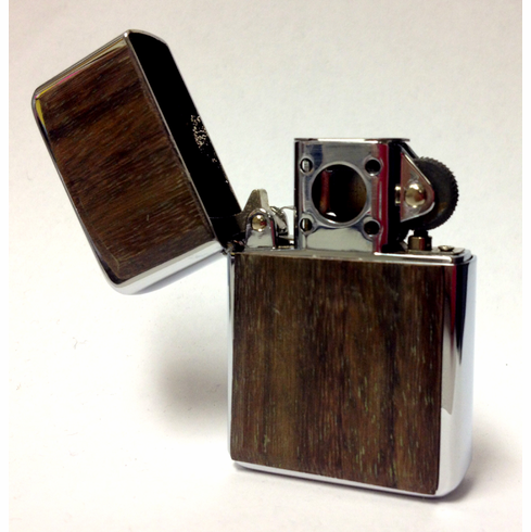 Vector Thunderbird Soft Flame Flip Top Butane Pipe Lighter in Wood Plate