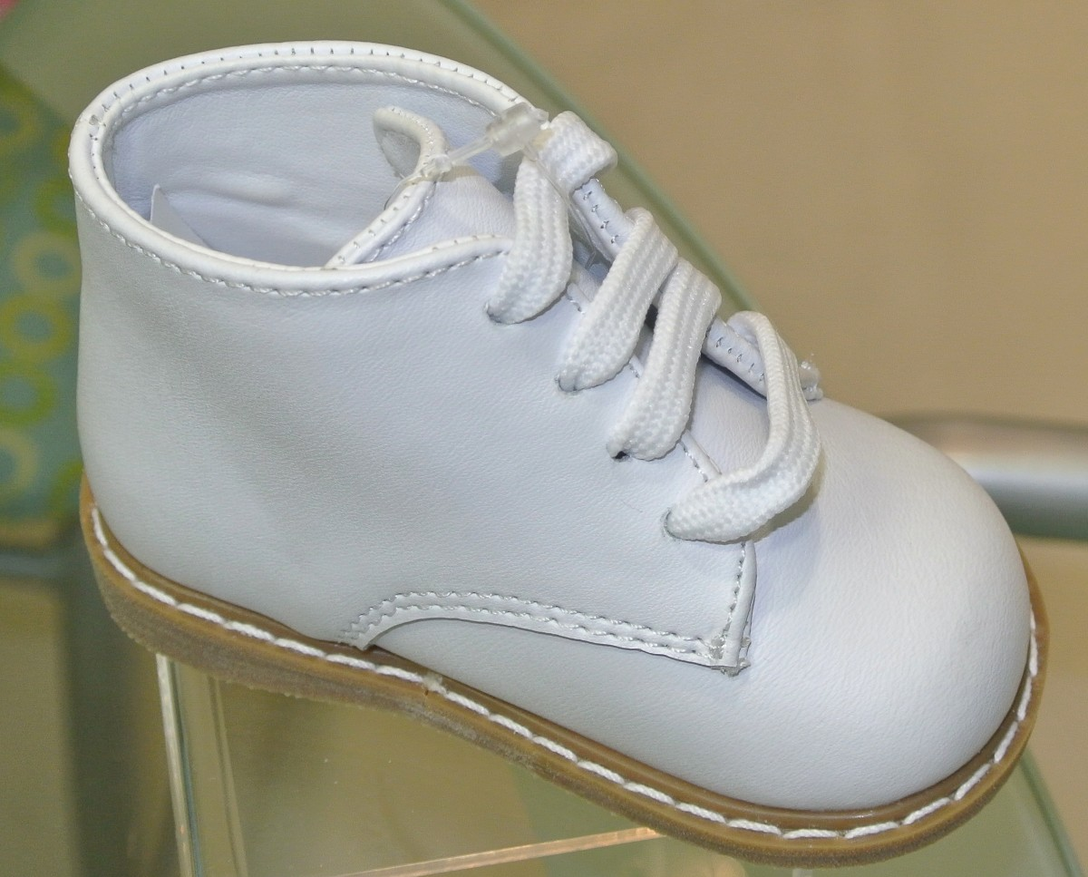 White High Top Baby Walking Shoes