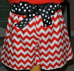 Minnie Mouse Monogrammed Red Chevron or Quatrefoil Pocket Outfit