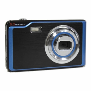"5MP Digital Camera with Flash and 2.4"" LCD"