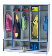 RA Coat Locker - 5 Sections with Step