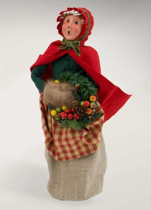 Byers Choice Caroler - Colonial Woman with Wreath 2017