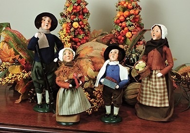 Byers Choice Carolers - Thanksgiving