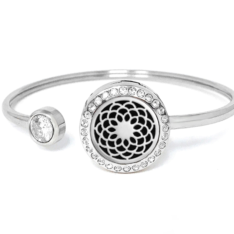 "C.T. Hill Essential Oil Bangle - ""Dream Weaver"" - 0.875in Diameter"