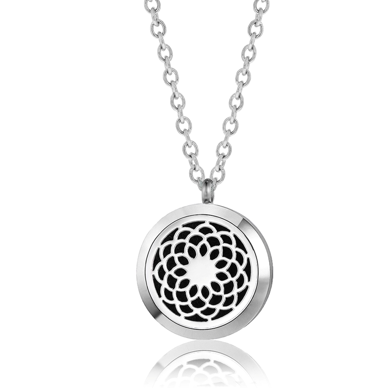"C.T. Hill Essential Oil Necklace - ""Flower Mandala"" - 1.18in Diameter"
